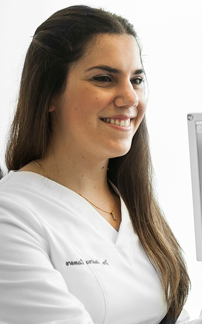 dra andrea camere periodontist, implantologist and 3D CAD CAM specialist